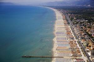 Forte-dei-marmi-beaches