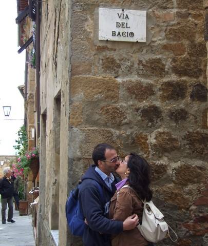 Via del Bacio. Fonte: gynevra.it