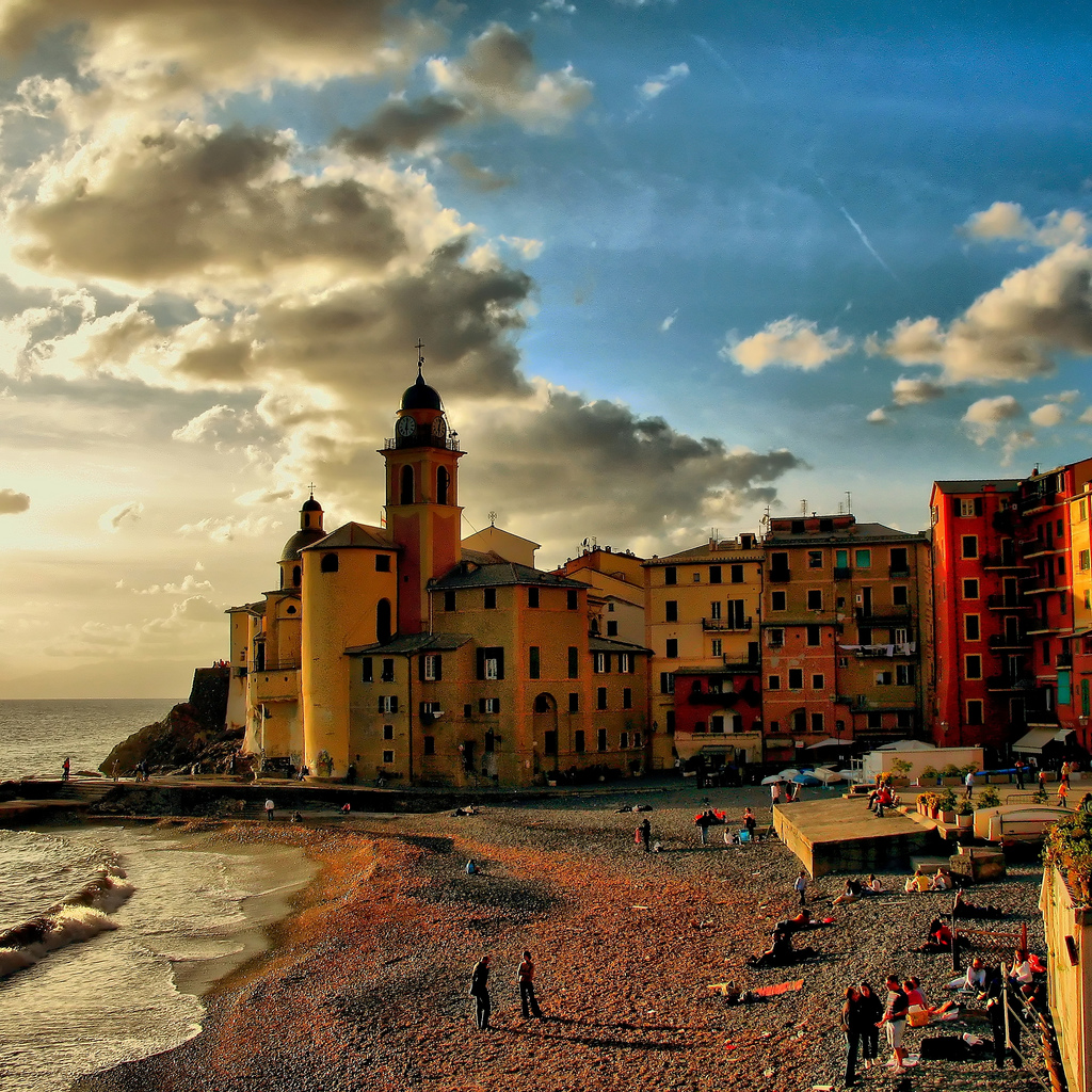 Camogli. Fonte: flickr.com - Author: klausthebest